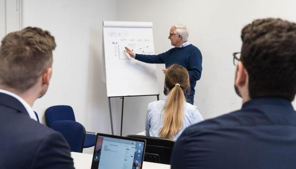 header-seminare-wirtschafts-senioren